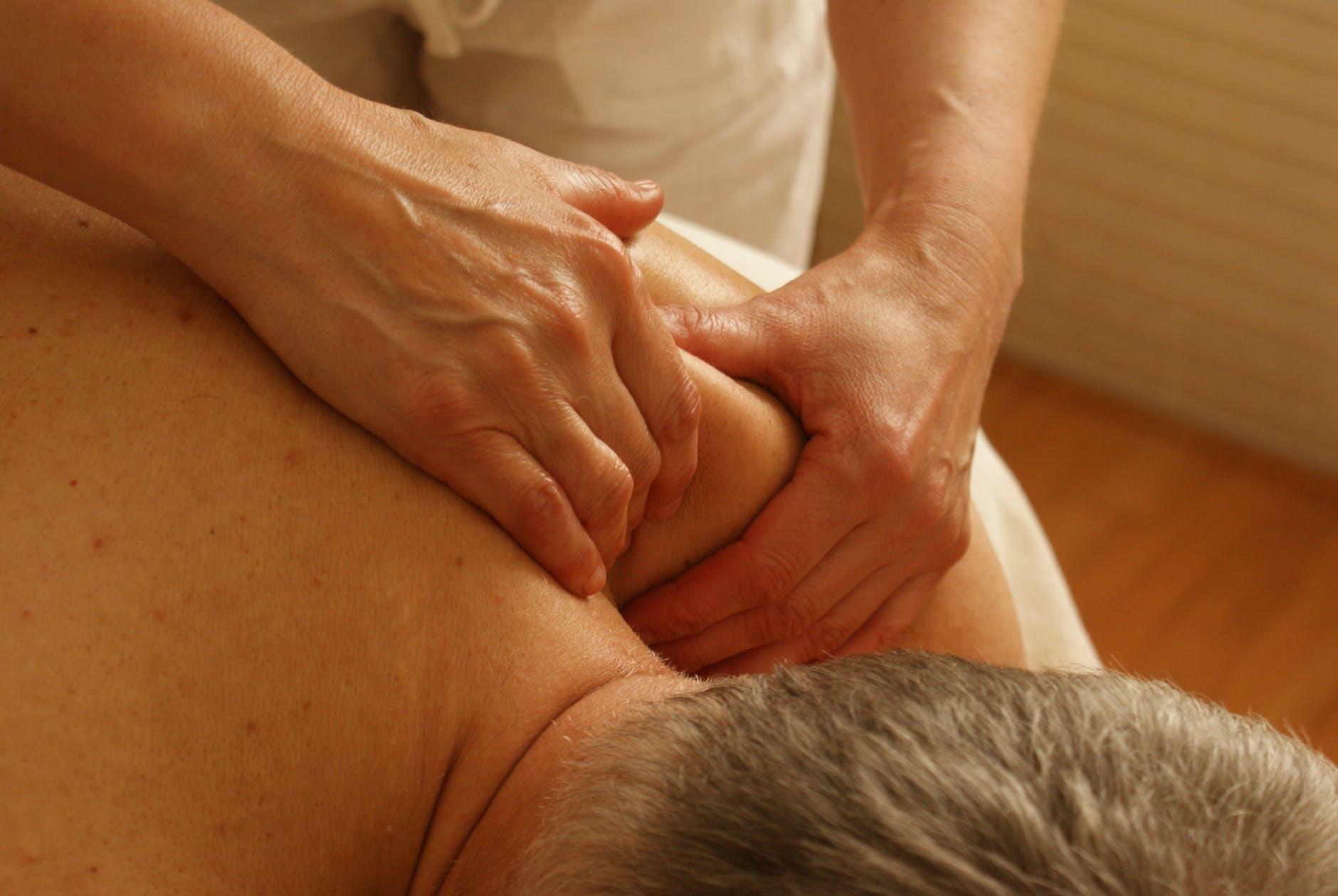 Lad osteopati løsne dine dysfunktioner i kroppen