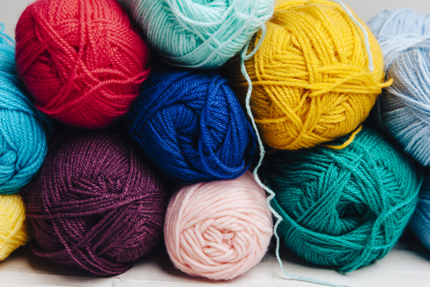 Uldbolde i flere forskellige farver